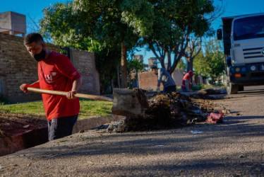 Las Heras, intensifican trabajos de higiene urbana 4