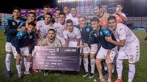 Futbol, Copa Argentina, Racing eliminò al Verdinegro 3