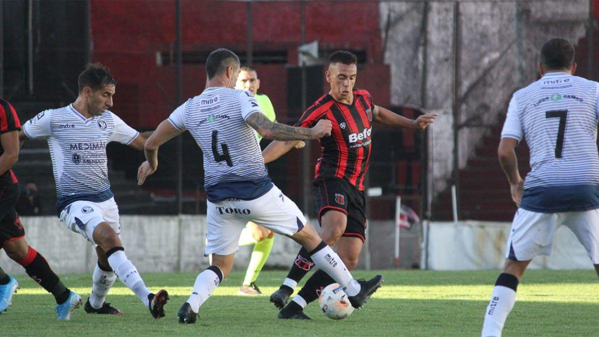 Ascenso, Defensores de Belgrano 1- Independiente Rivadavia 2