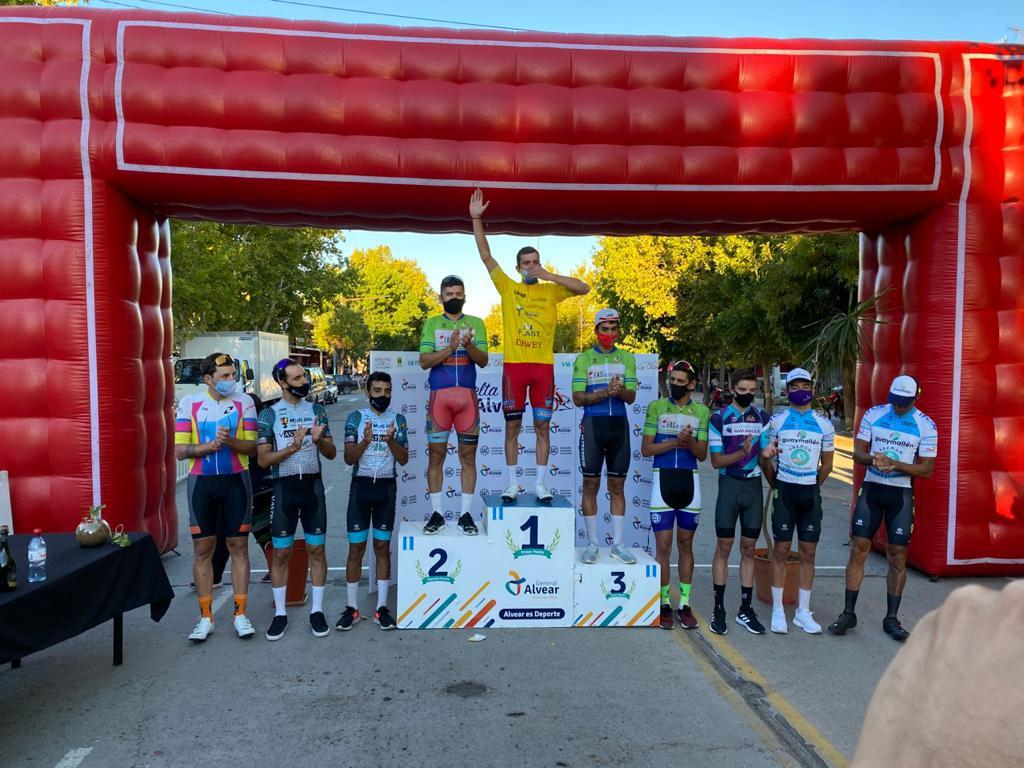 Vuelta de General Alvear, podio final