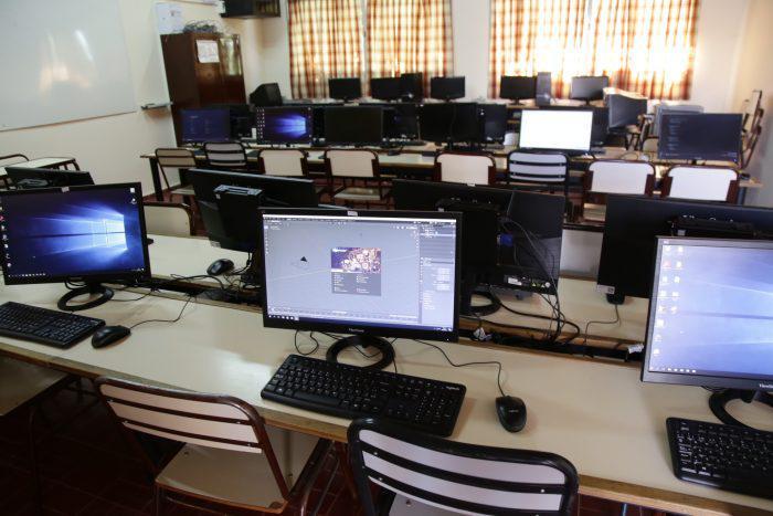computadoras escuela digital