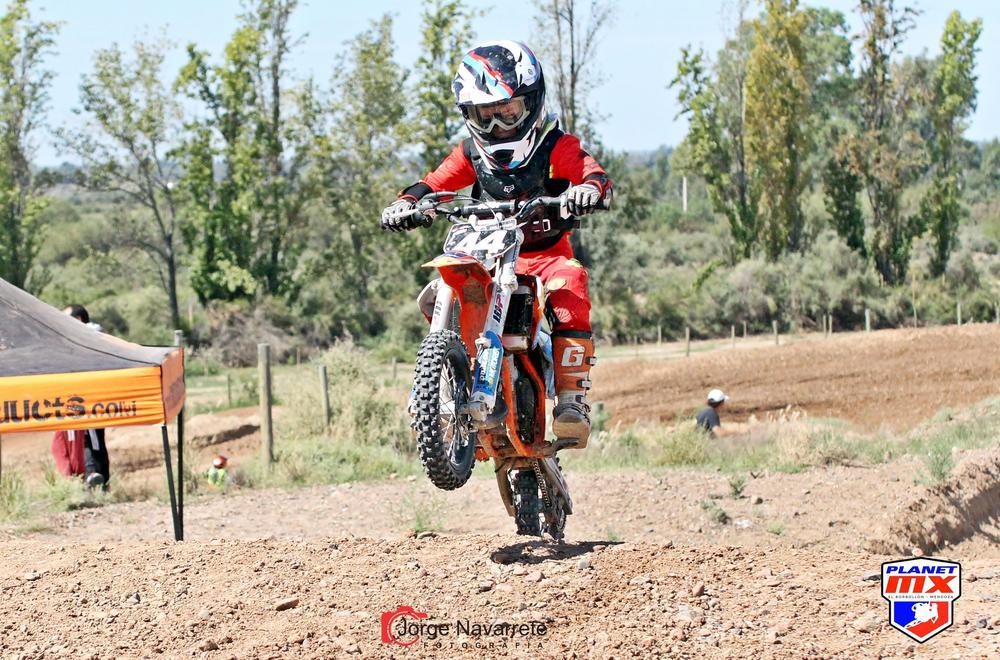 Motocross, Valentino Corral