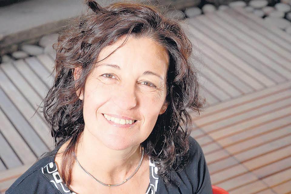 Liliana Bodoc, Guaymallén, Letra más letra