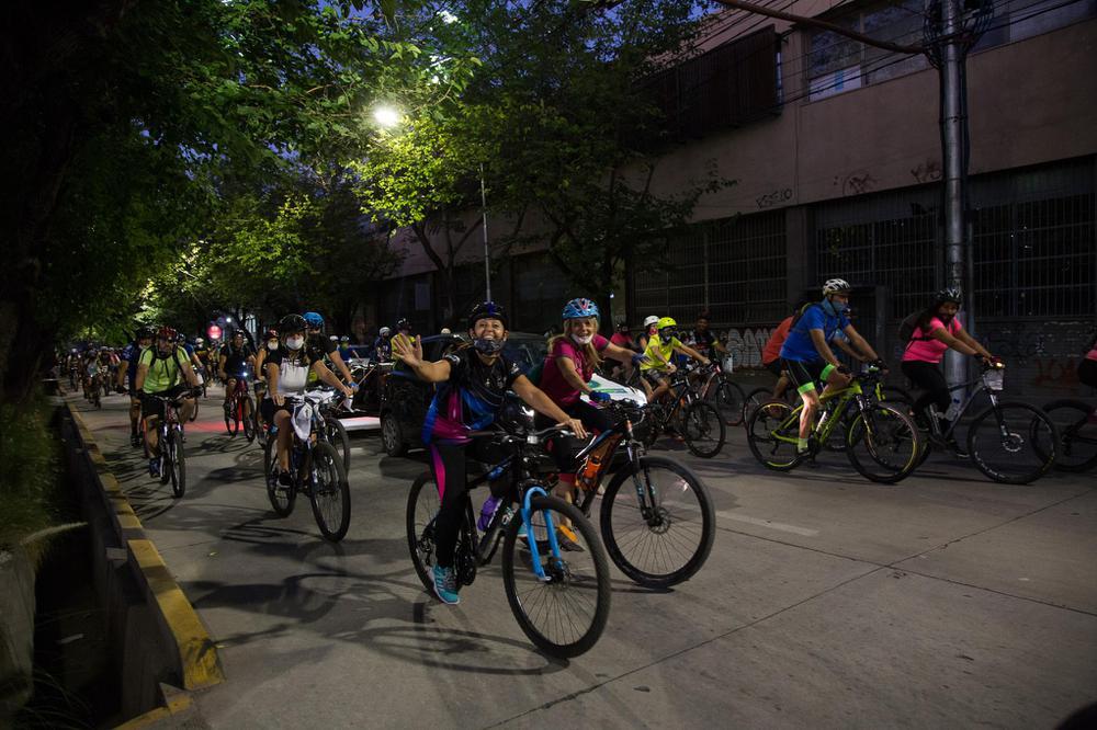 Ciudad de Mendoza, bicicleteada nocturna