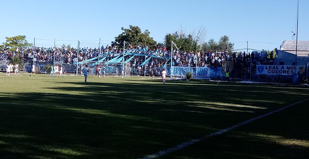 Liga, Gutierrez 3 Maipú 0