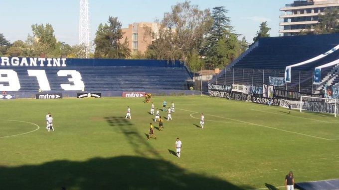 Futbol, ganó Independiente y es puntero
