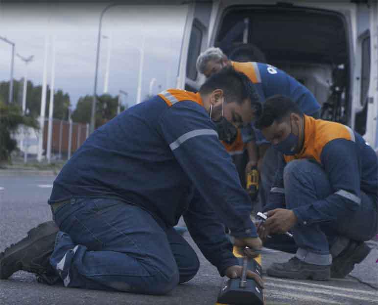 trabajadores-en-ciclovia-rodriguez-peña