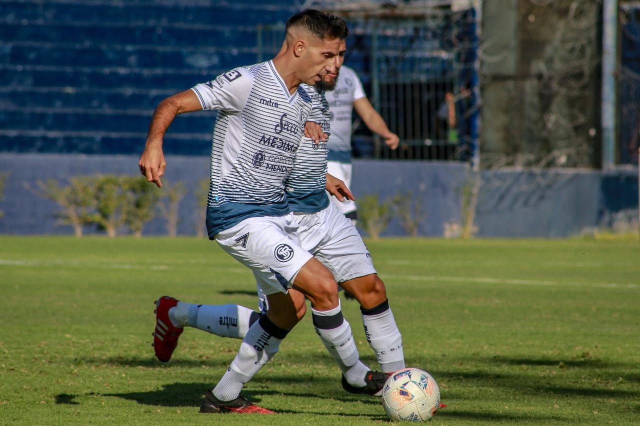 Primera Nacional, Independiente puntero