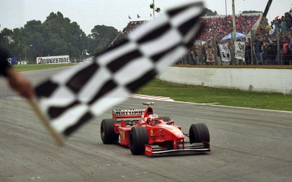 Michael Schumacher gana el GP de Fórmula 1 en Argentina 98