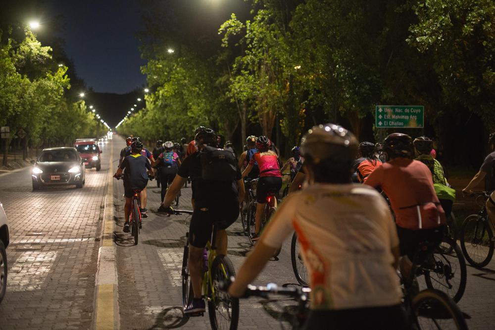 Bicicleteada Nocturna Mendoza 2021