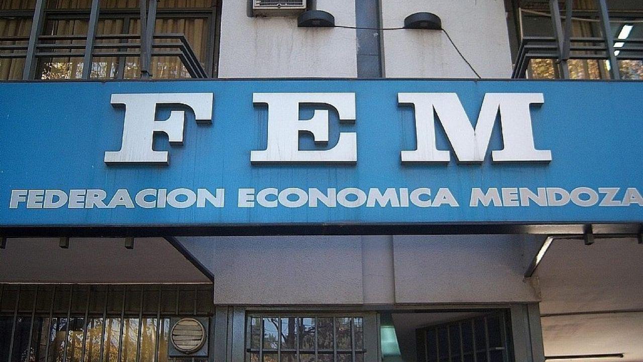 FEM fachada